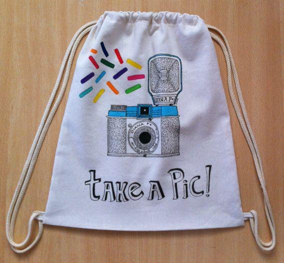 Sorteamos un bolso ilustrado por Susie Creativa