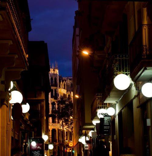 noche calle seneca carrer seneca barcelona