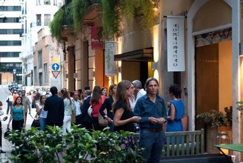 exterior calle seneca barceona tiendas interiorismo vintage