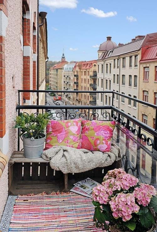 flores y plantas una terraza estilo vintage
