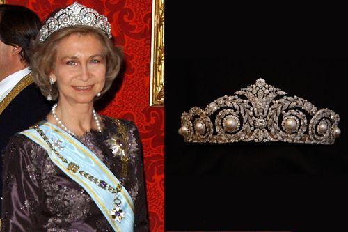 tiara joya perlas diamantes firma cartier llevada rena sofia