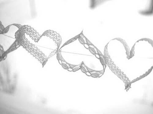 cadeneta corazones encaje
