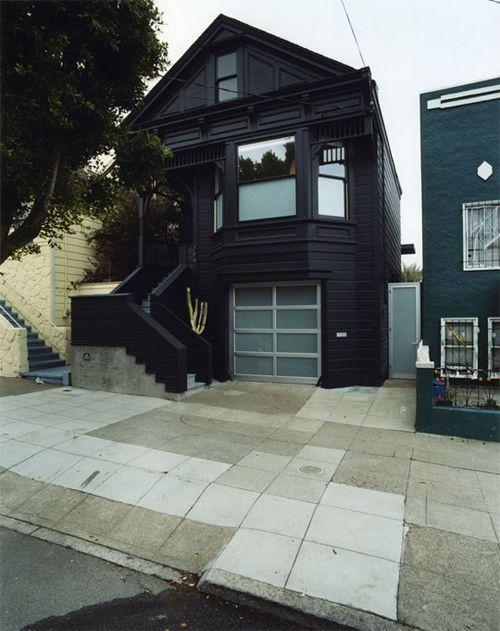 casa negra victoriana envelopead
