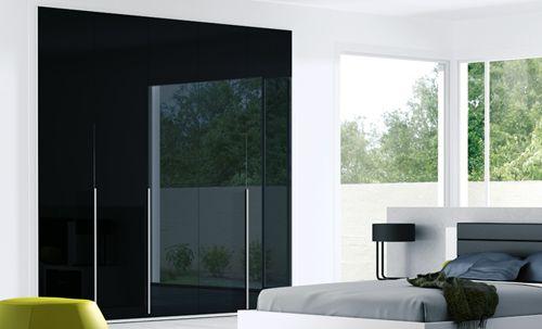 armario negro kibuc