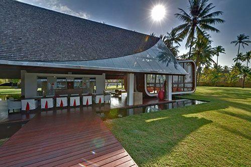 david lombardi: villa sapi in indonesia casa estilo bauhaus