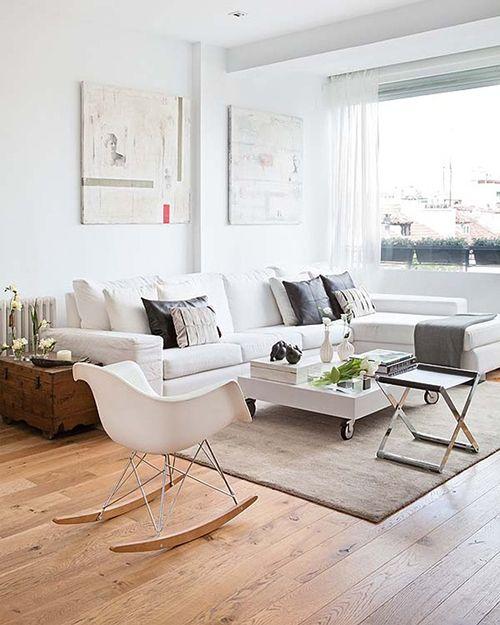 Salón de diseño escandinavo colores neutros.