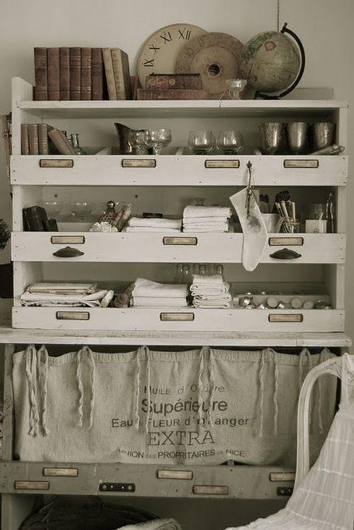 mueble blanco vintage