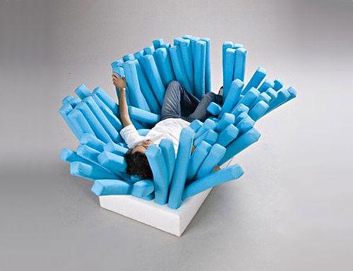 Sofá cepillo por Ron Arad.