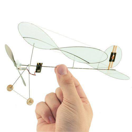 avion control remoto diseño