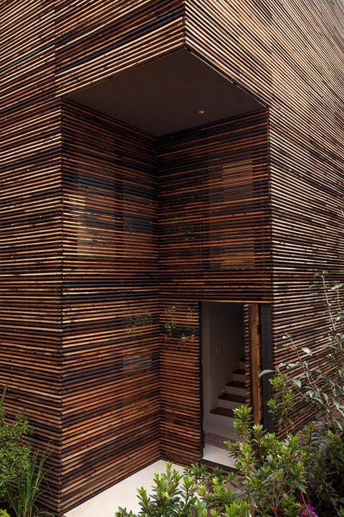 casa chipicas entrada madera