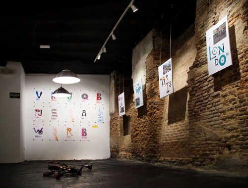 sala exposiciones bicicleta cafe facebook