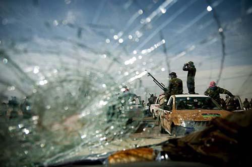 cristal roto balas manu brabo levantamiento libio