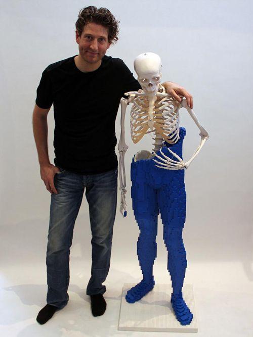 mr bones escultura lego nathan sawaya brickartist.com