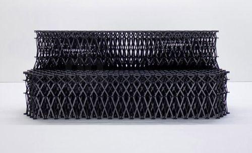 sofa negro xxxx_ yuya ushida designboom.com