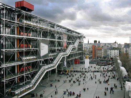 exterior plaza centro pompidou elplanb-arquitectura.blogspot.com