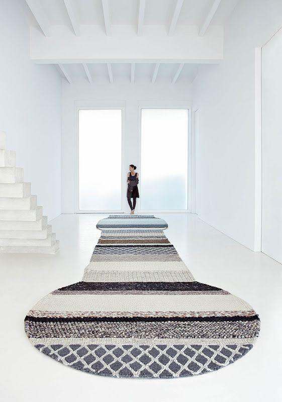 alfombra gigante patricia urquiola