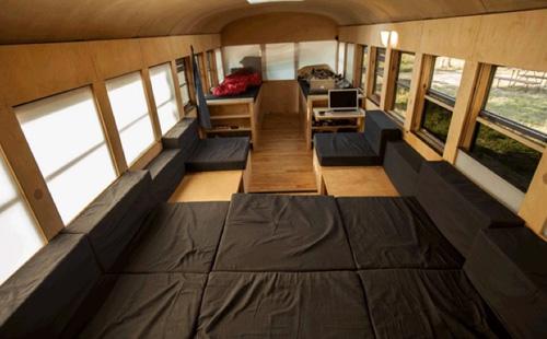 Interior bus casa móvil