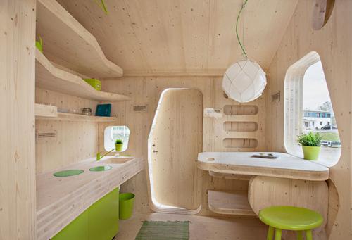 Interior del pequeño apartamento para estudiantes