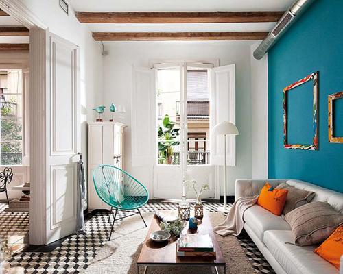Salón con azulejos hidráulicos