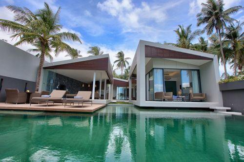 Villa blanca Mandalay-Beach