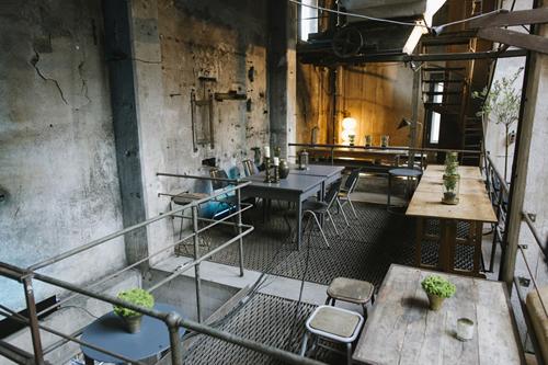 Interior del restaurante La Soupe Populaire