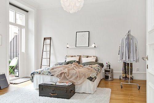 Dormitorio escandinavo colores suaves
