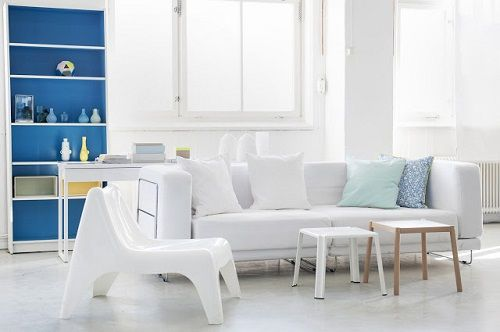 Salón blanco y azulón