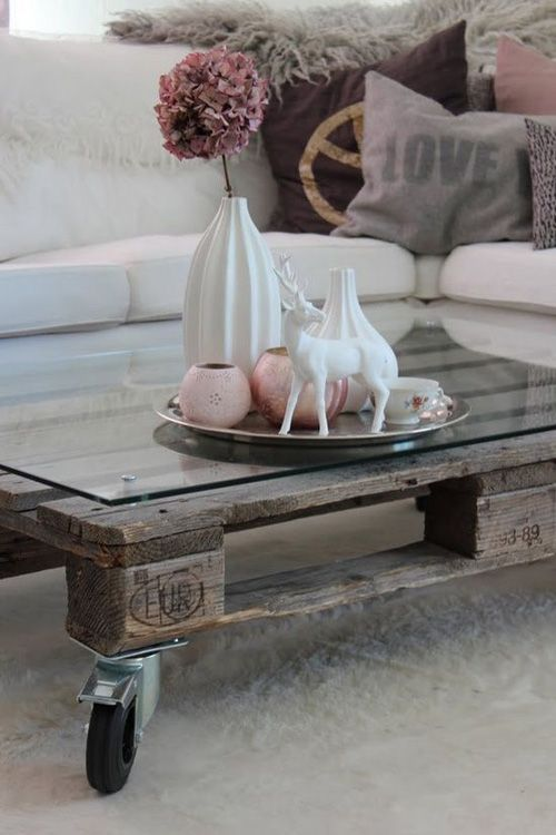 mesa reciclada de madera