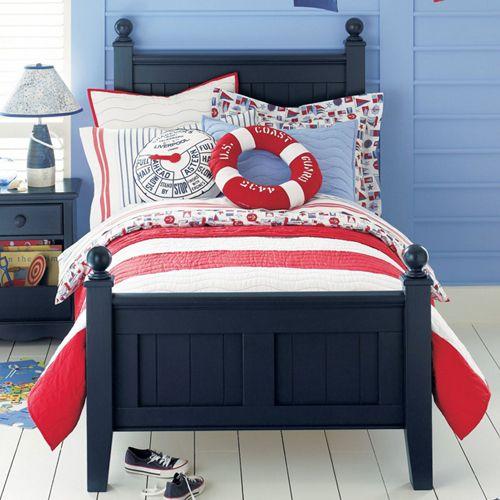 dormitorio infantil decorado en estilo navy