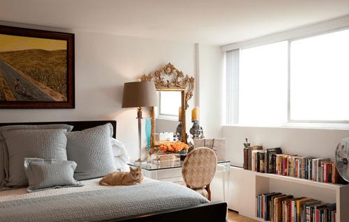 habitacion con elementos barrocos