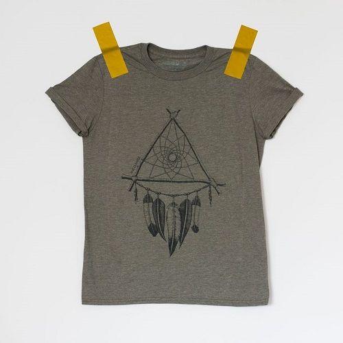 camiseta anitta b