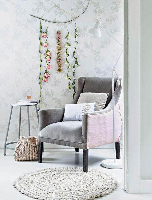 sofa en gris
