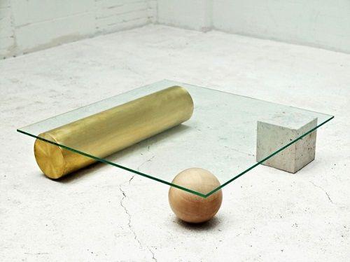 Mesa de diseño vanguardista