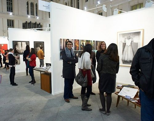 Visitantes y expositores de Casa Arte