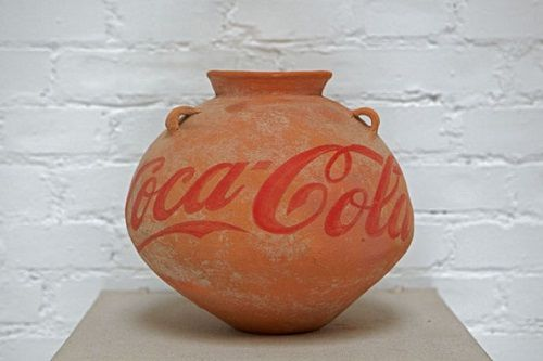 Ai-Weiwei_Neolithic-Vase-with-Coca-Cola