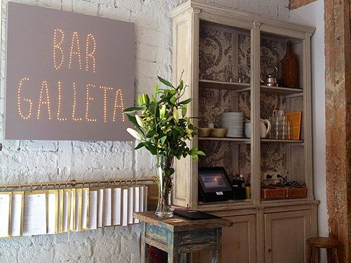 bar galleta + cartel