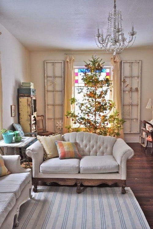 salon vintage con decoracion navideña