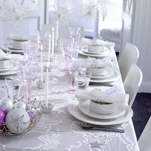 white-christmas-table-decorating-home-interior-decorating-5
