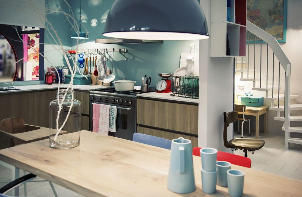 ¿Cómo ahorrar en muebles, decoración y mobiliario de oficina en Internet?