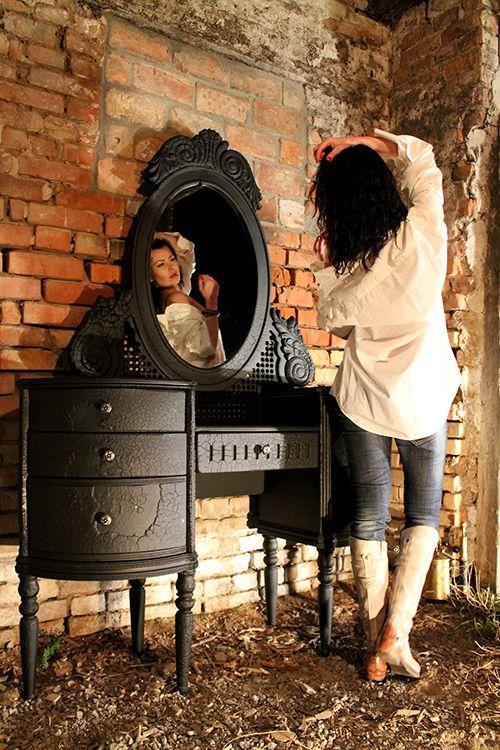 born 2b burn the pier glass muebles carbonizados ideas diseño original muebles quemados yaroslav galant
