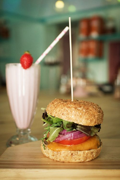 hamburguesa comida carta restaurante ojala malasaña madrid la musa