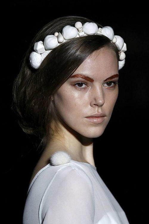 madrid fashion week julieta alvarez diseño joyas erizos y castañas