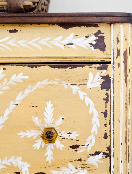 miss mustard seed mueble amarillo milk paint decoracion pintura