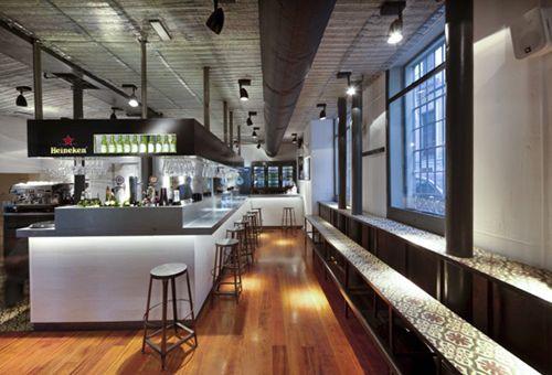 barra americana estilo industrial la musa la latina restaurante madrid