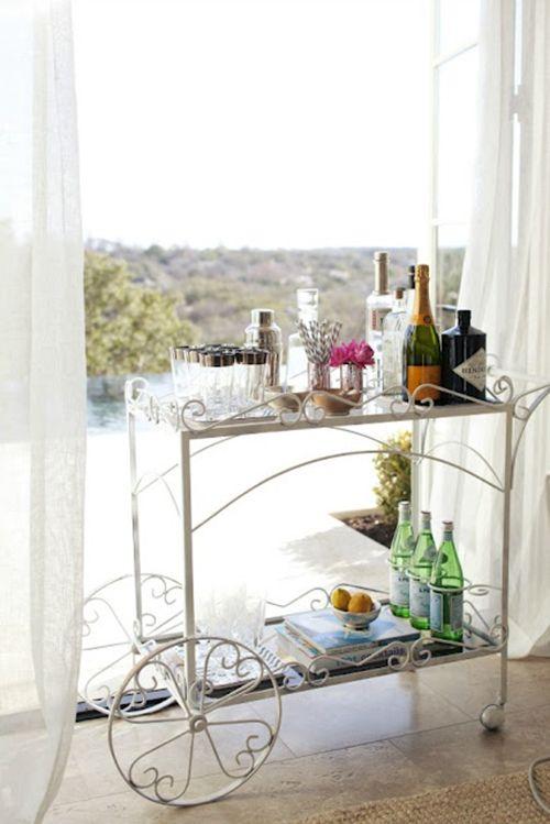 Camareras el mueble m s vers til para tu hogar moove for Mueble camarera cocina