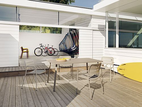 coleccions basics sillas kettal firma española diseño muebles exteriir