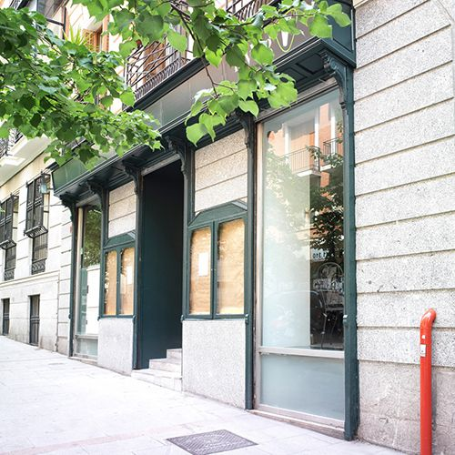 exterior fachada my veg malasana triball madrid restaurante