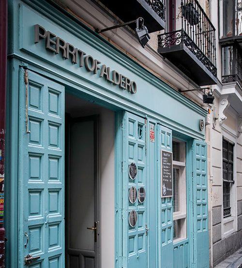 fachada exterior perrito faldero madrid restaurante