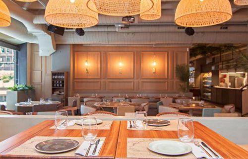 mesa restaurante comedor marieta madrid castellana