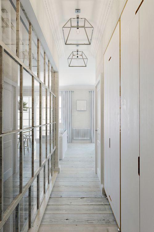 pasillo apartamento pequeño praga estilo industrial decoracion interiorismo
